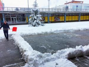 V areálu obchodního centra na Březinkách znovu vyroste kluziště.
