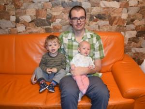 Jakub Rychlík se svými dětmi