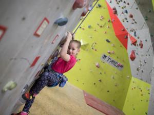 Šance pro mladé milovníky lezení. Příští sobotu se v jihlavském lezeckém centru konají závody na obtížnost
