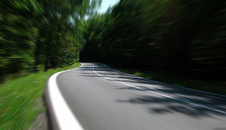 ŘSD připravuje úpravu nebezpečné křižovatky na tahu z Jihlavy. Z iniciativy obce Zvěrkovice