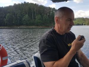 Policisté kontrolovali Dalešickou přehradu. Zajímalo je třeba i dodržování zákazu táboření