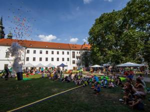Festival Mendel je... včelař opět zve na party. Lidé uvidí třeba i videomapping a uslyší koncerty