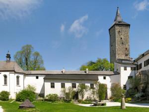 15043-hrad-rostejn-1200x900-e1492433766489