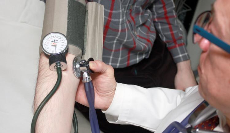 Pelhřimovská nemocnice začne testovat eNeschopenky. S Novým rokem je musí lékaři vydávat povinně