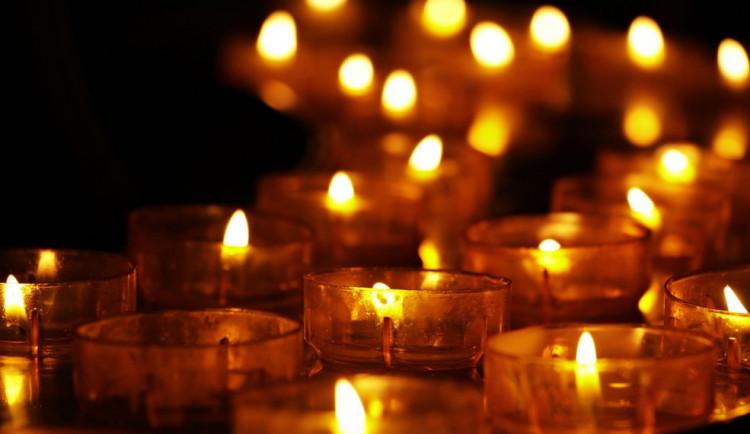 Tragédie u Čenkova: Lidé průvodem uctí památku obou mladíků. Sraz je v Třešti