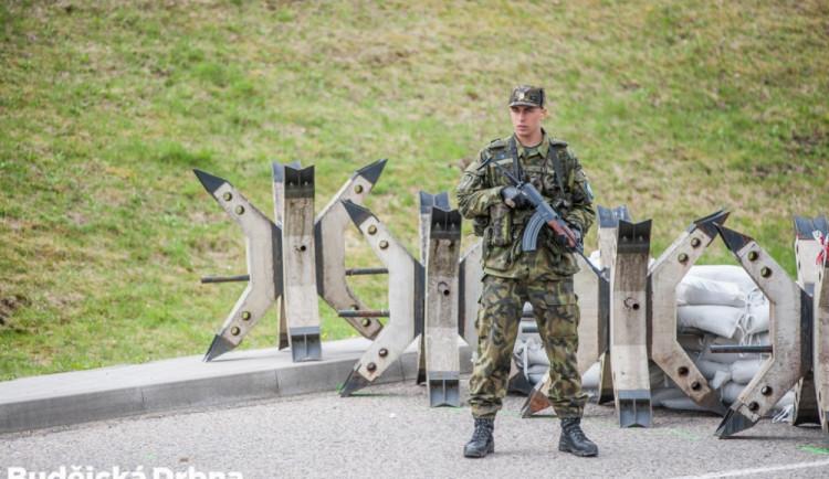 Letošního cvičení Ample Strike se zúčastní na 750 vojáků. Své zástupce budou mít i USA
