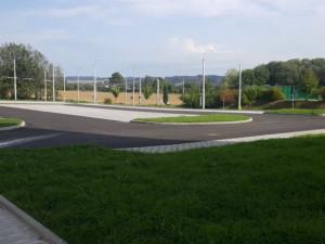O měsíc a půl dříve, navíc levněji. Na Horním Kosově se v pondělí otevře nové parkoviště