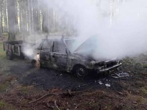 Hasiči z Třeště a Stonařova vyjížděli do lesa k požáru Felicie. Plameny se rozšířily i do okolí