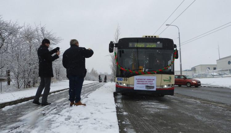 Otevření trolejbusové linky ve Vrchlického ulici
